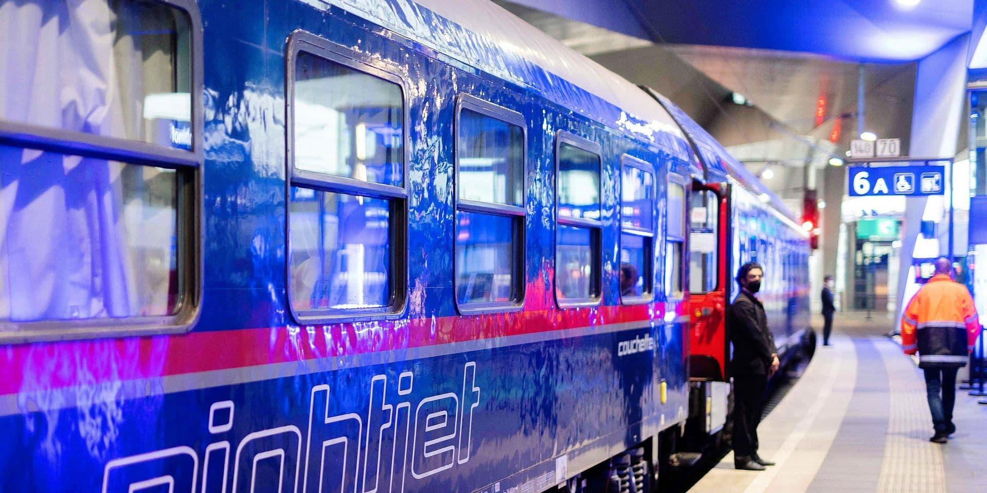 Gain de temps, prix, confort, écologique: le retour en grâce du train de nuit en Belgique