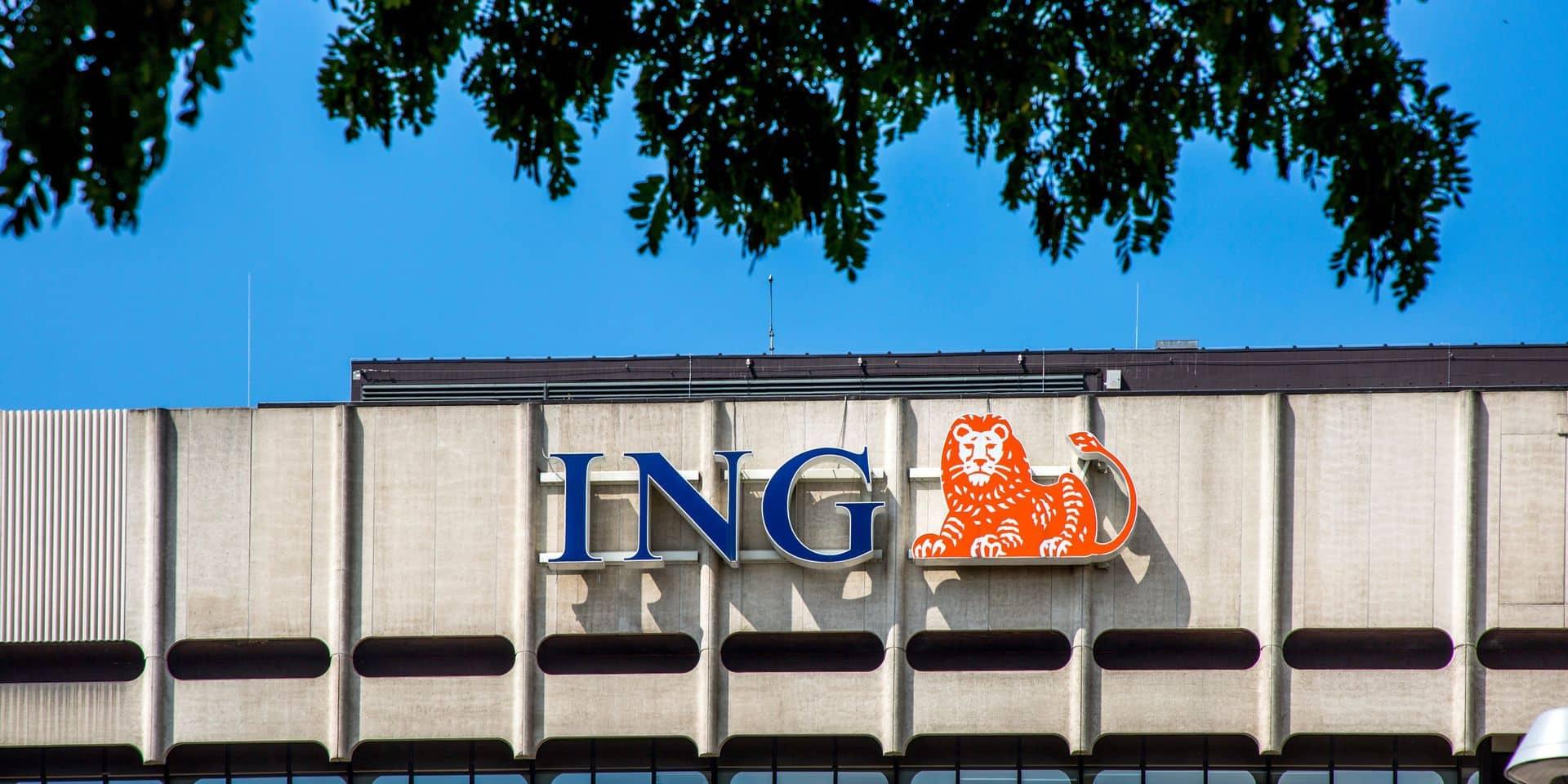 """12 employés d'ING virés pour faute grave à cause de leur carte essence : """"La banque a cherché le moindre prétexte pour licencier"""""""