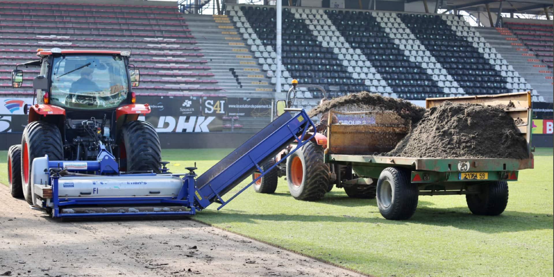 Bientôt un nouveau gazon au Sporting de Charleroi (PHOTOS)