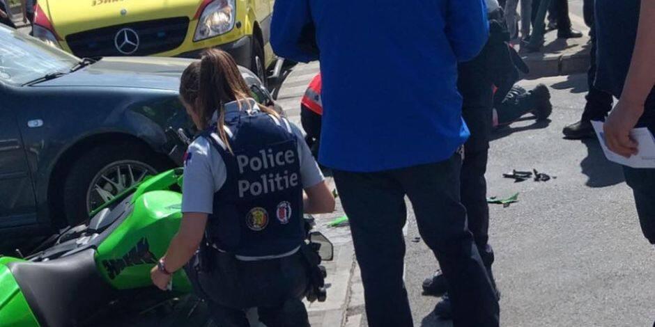 Molenbeek : Un moteur envoyé à l'hôpital après une collision avec une voiture