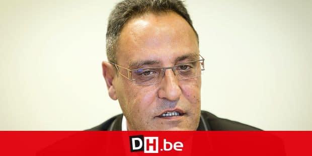 Liège : conférence de presse sur les défibrillateurs qui vont équiper la police de Liège. Fouad Chamas, échevin de la Santé et de la Jeunesse