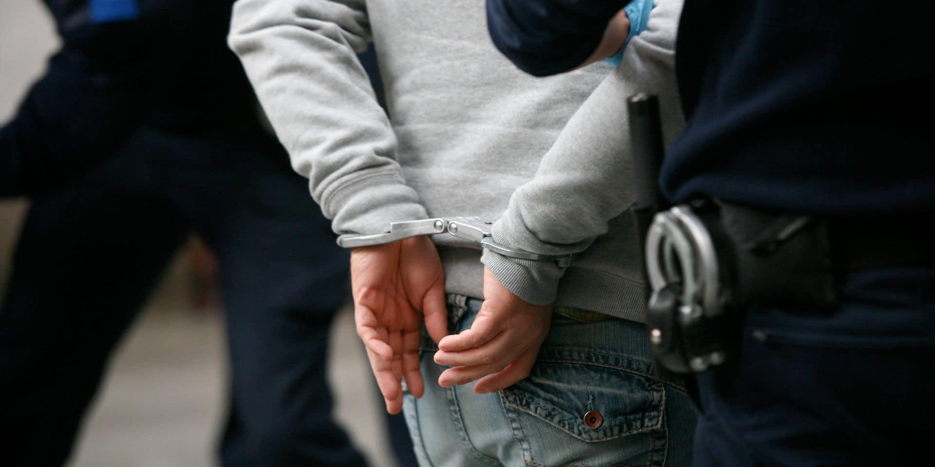 Herstal : Expédition punitive et coups de couteau