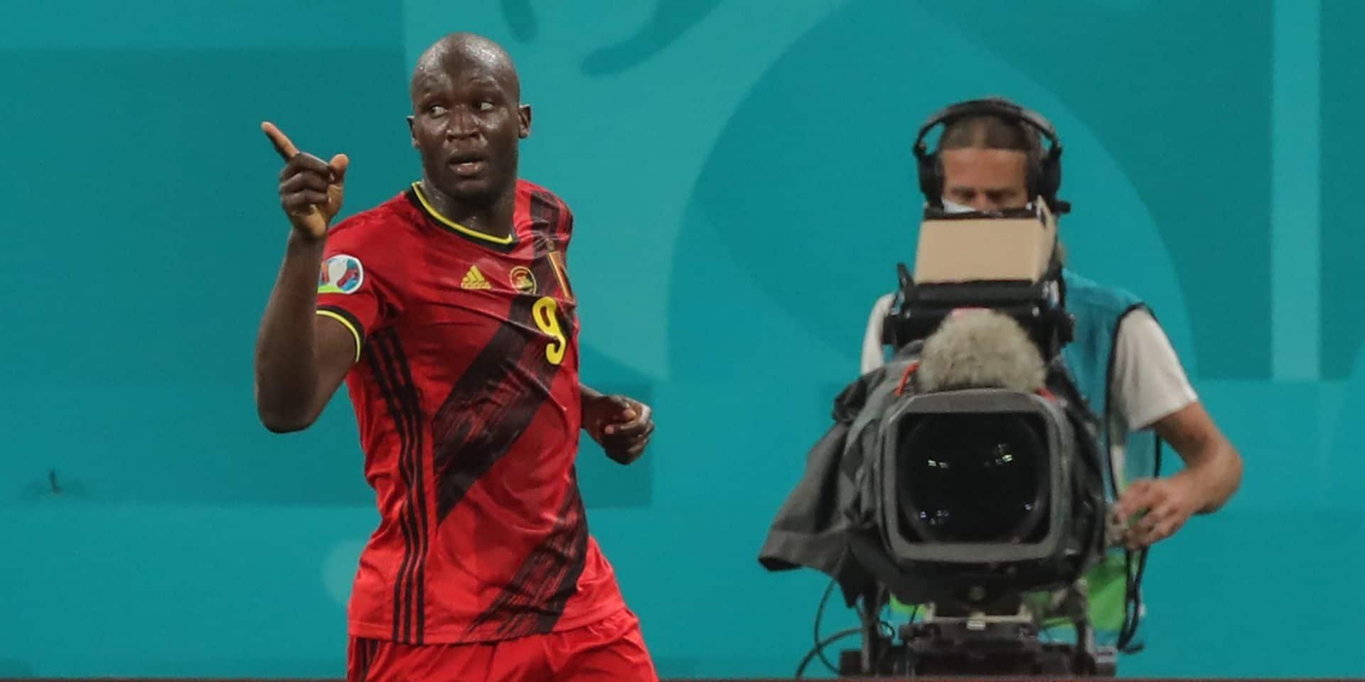 """Quand Lukaku offre sa vareuse à un fan : """"Cela mérite un maillot"""""""