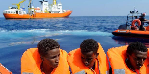 Accord entre six pays européens pour accueillir les 141 migrants de l'Aquarius - La DH