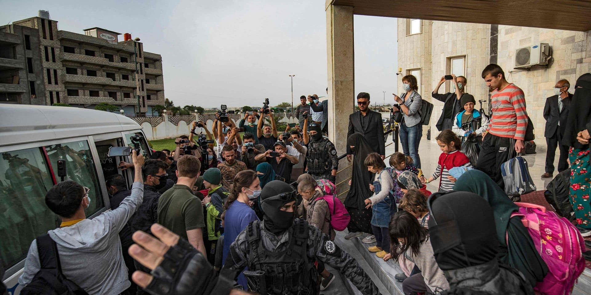 27 enfants de camps syriens pourraient être soumis à un test ADN avant un éventuel rapatriement vers la Belgique