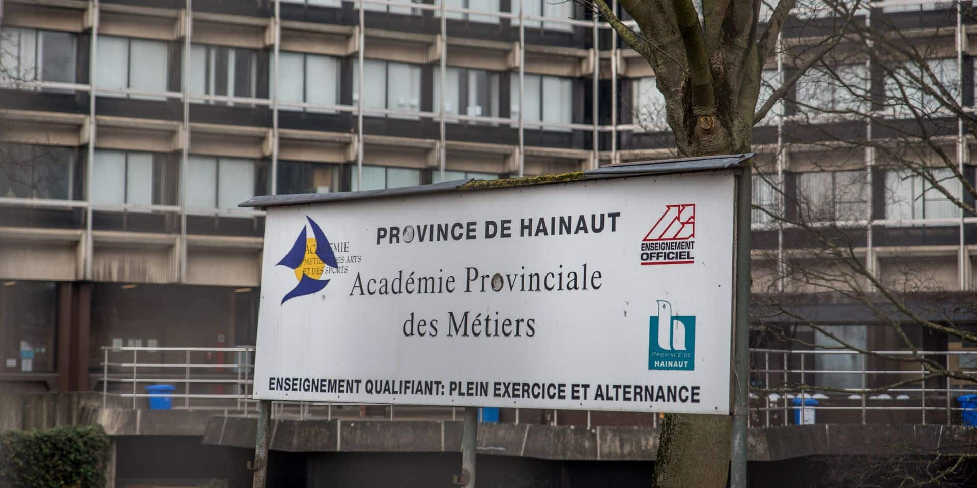 Mons: L'académie provinciale des Métiers produit des visières pour le personnel soignant