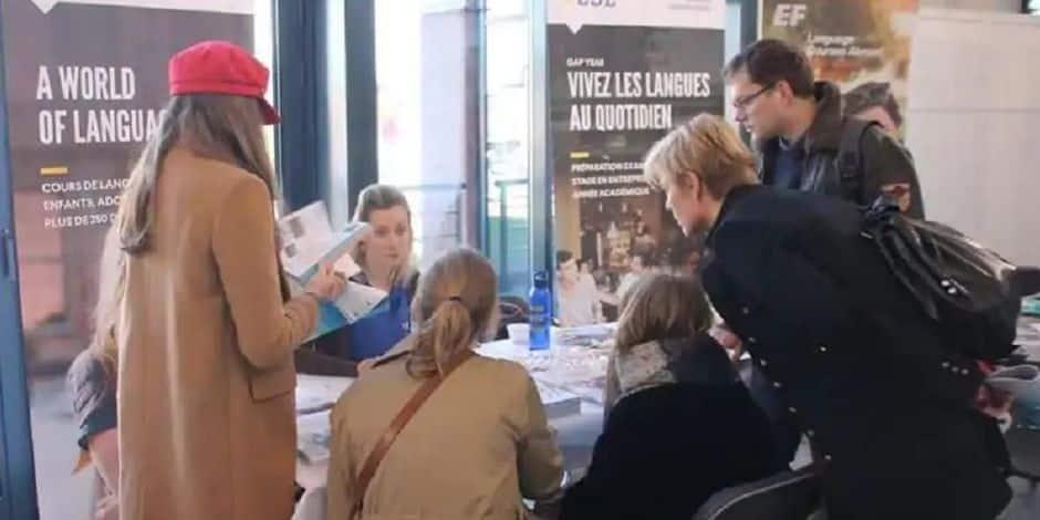 """Un """"Salon du jeune voyageur"""" virtuel à Waterloo"""