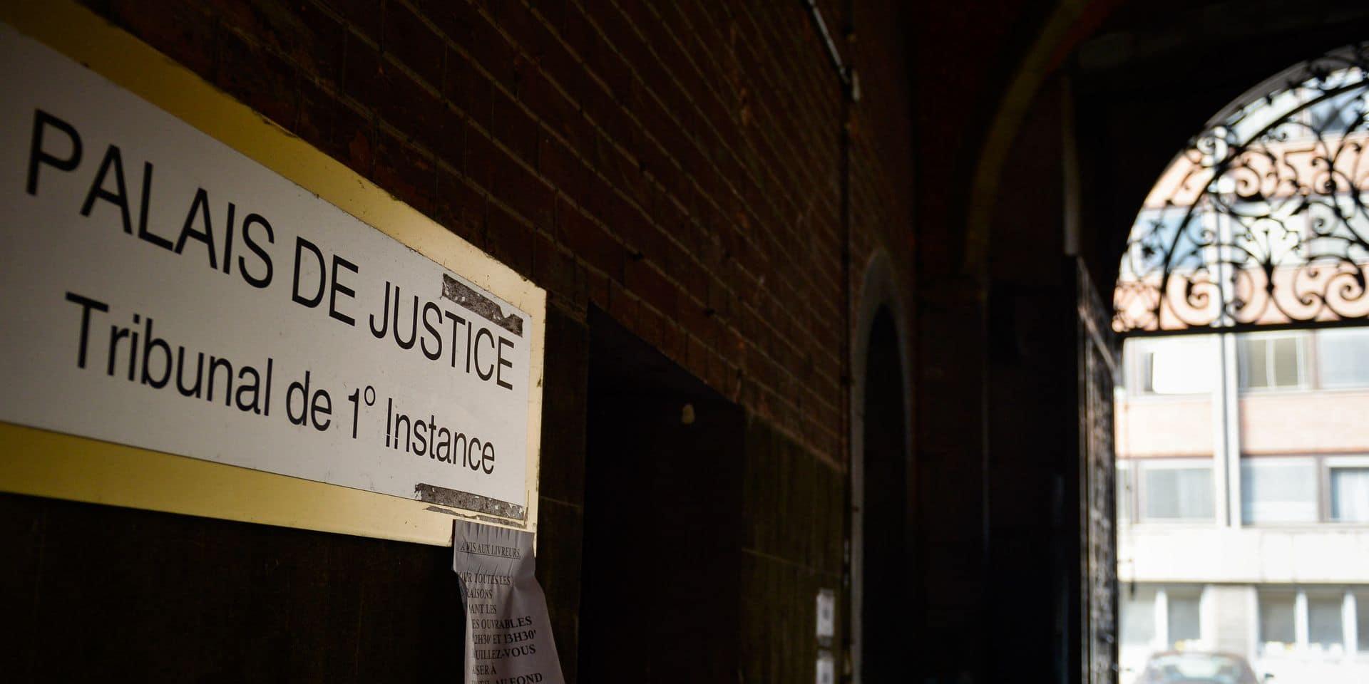 Les palais de justice de Namur (cette photographie) et Dinant devraient déjà être sortis de terre. Mais rien ne bouge. Sont-ils menacés?