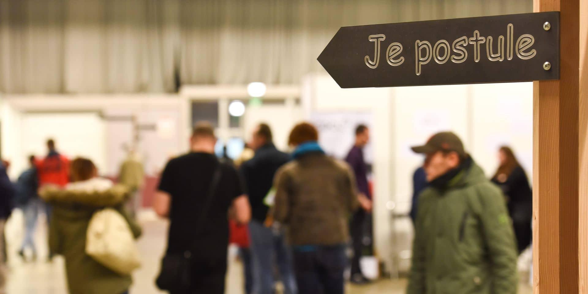 Le nombre de jeunes chercheurs d'emploi passe sous la barre de 7.000 à Bruxelles