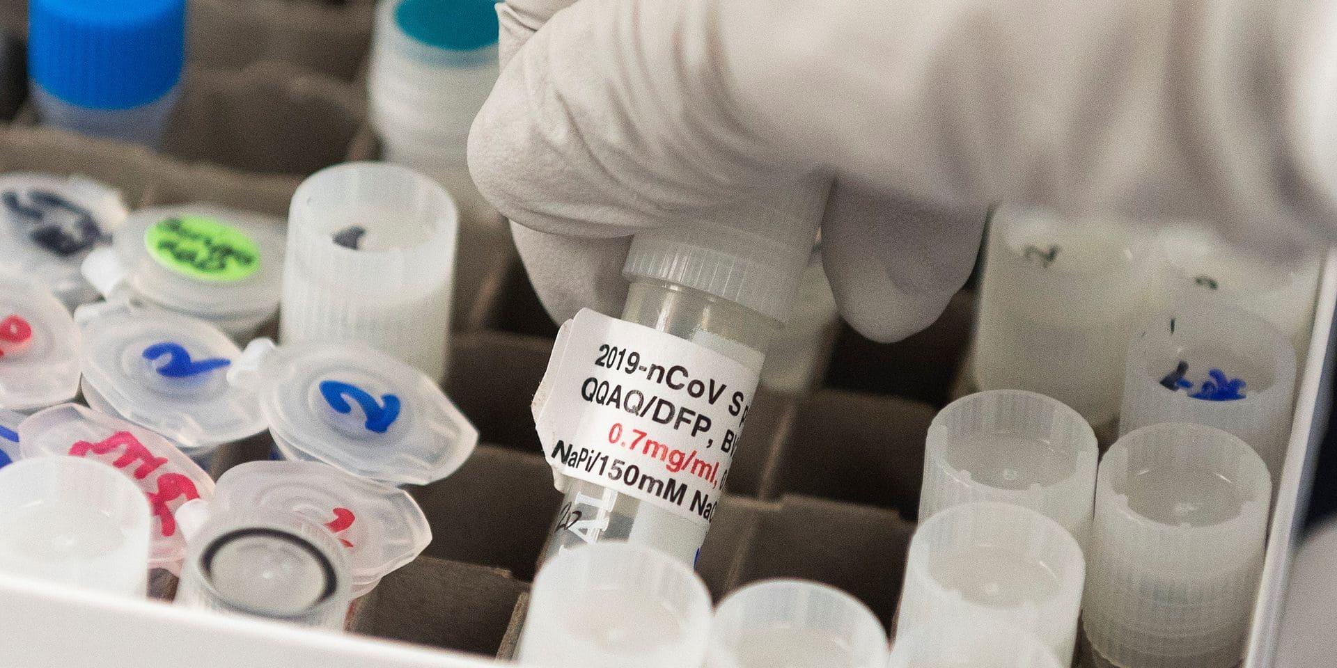 Vaccin contre le coronavirus : où en sont réellement les laboratoires? On fait le point