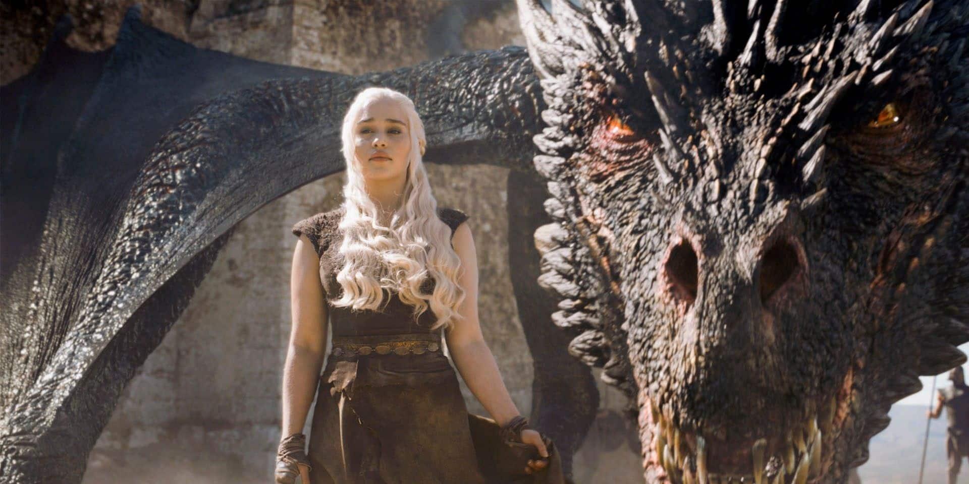 La Khaleesi Emilia Clarke rejoint l'écurie Marvel