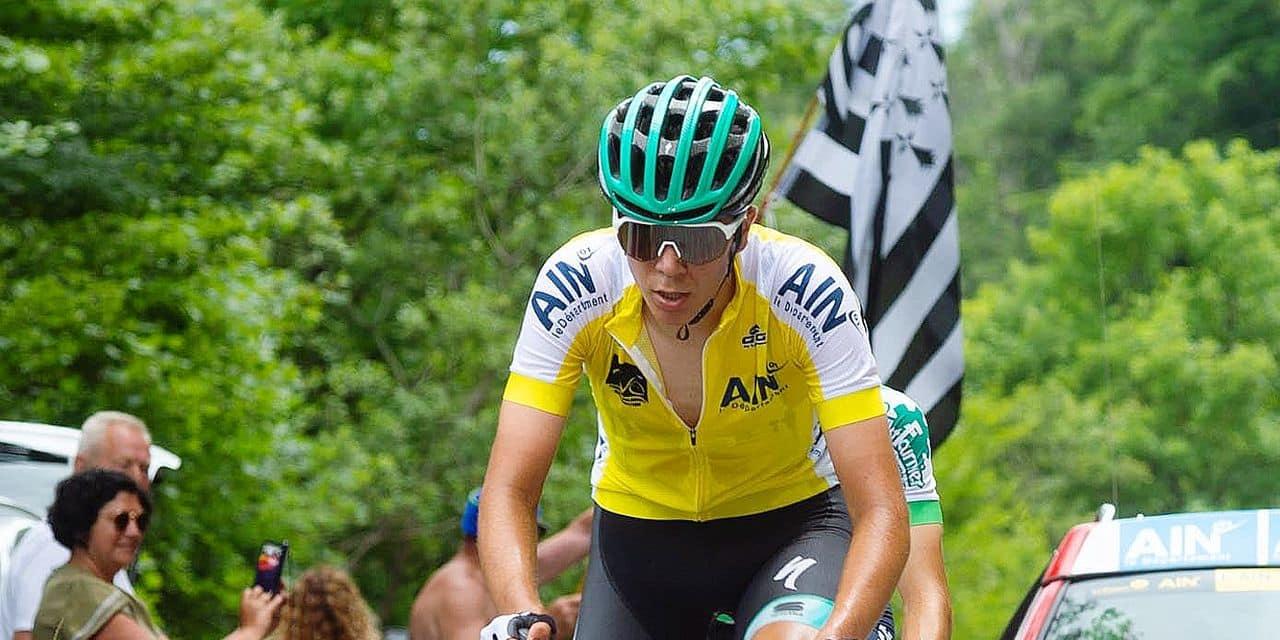 Déchu de sa tunique au Tour du Valromey, Cian Uijtdebroeks n'est qu'à une seconde du leader avant la dernière étape