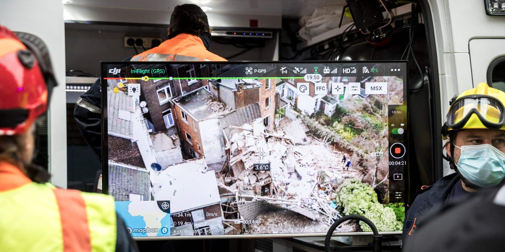 """""""C'était comme une bombe!"""" : une miraculée sortie des décombres après l'explosion à Liège"""