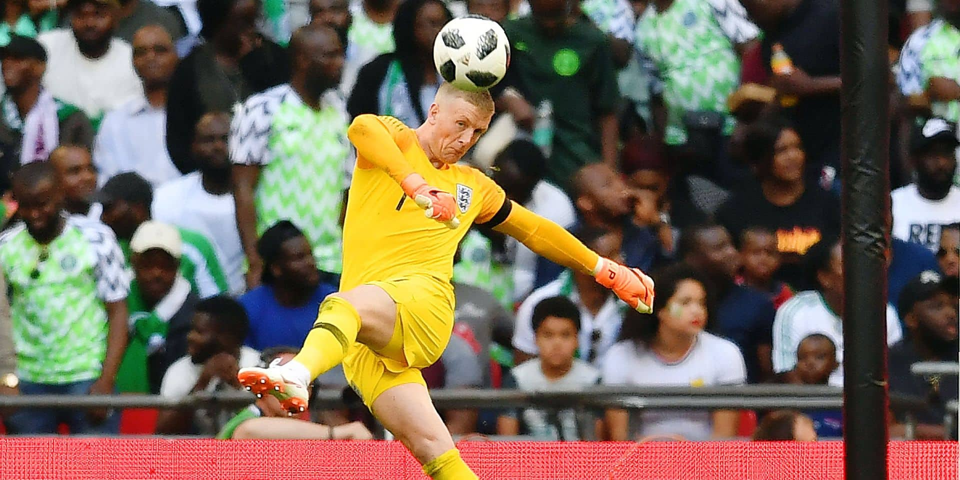 England's goalkeeper Jordan Pickford kicks the ball out during the International friendly football match between England and Nigeria at Wembley stadium in London on June 2, 2018. / AFP PHOTO / Ben STANSALL