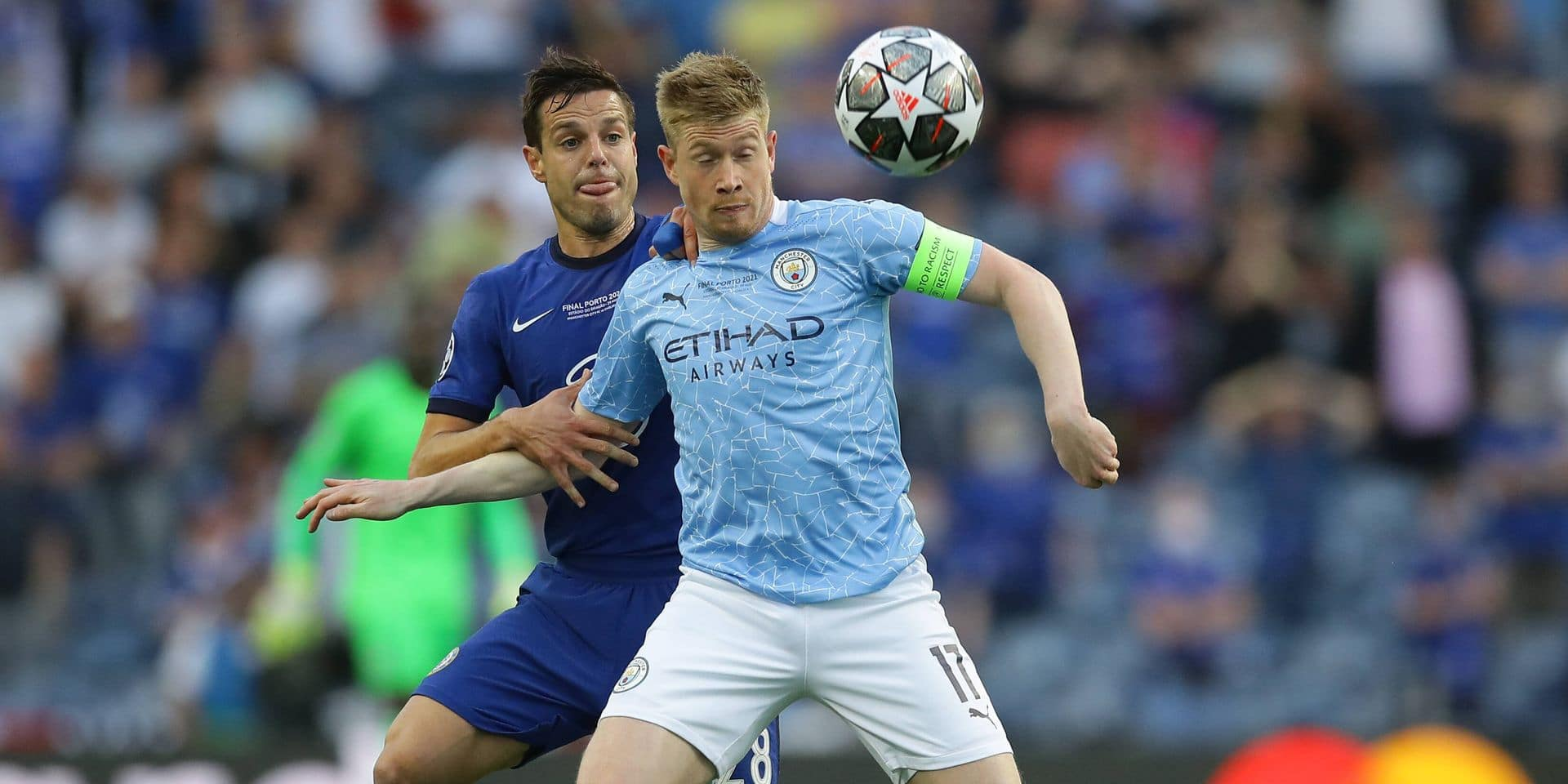Porto, Portugal, 29th May 2021. Cesar Azpilicueta of Chelsea challenges Kevin De Bruyne of Manchester City during the UE