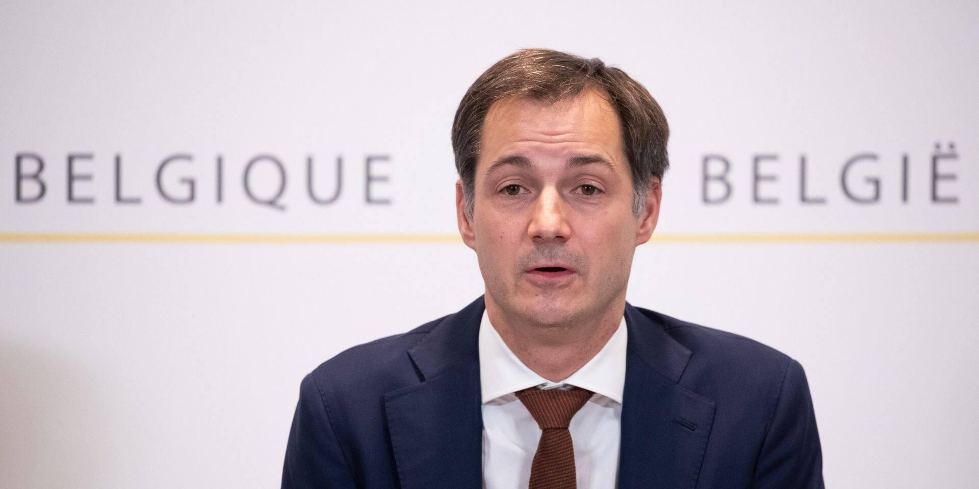 Nouvelle souche du Covid: la Belgique interdit les vols et trains en provenance du Royaume-Uni