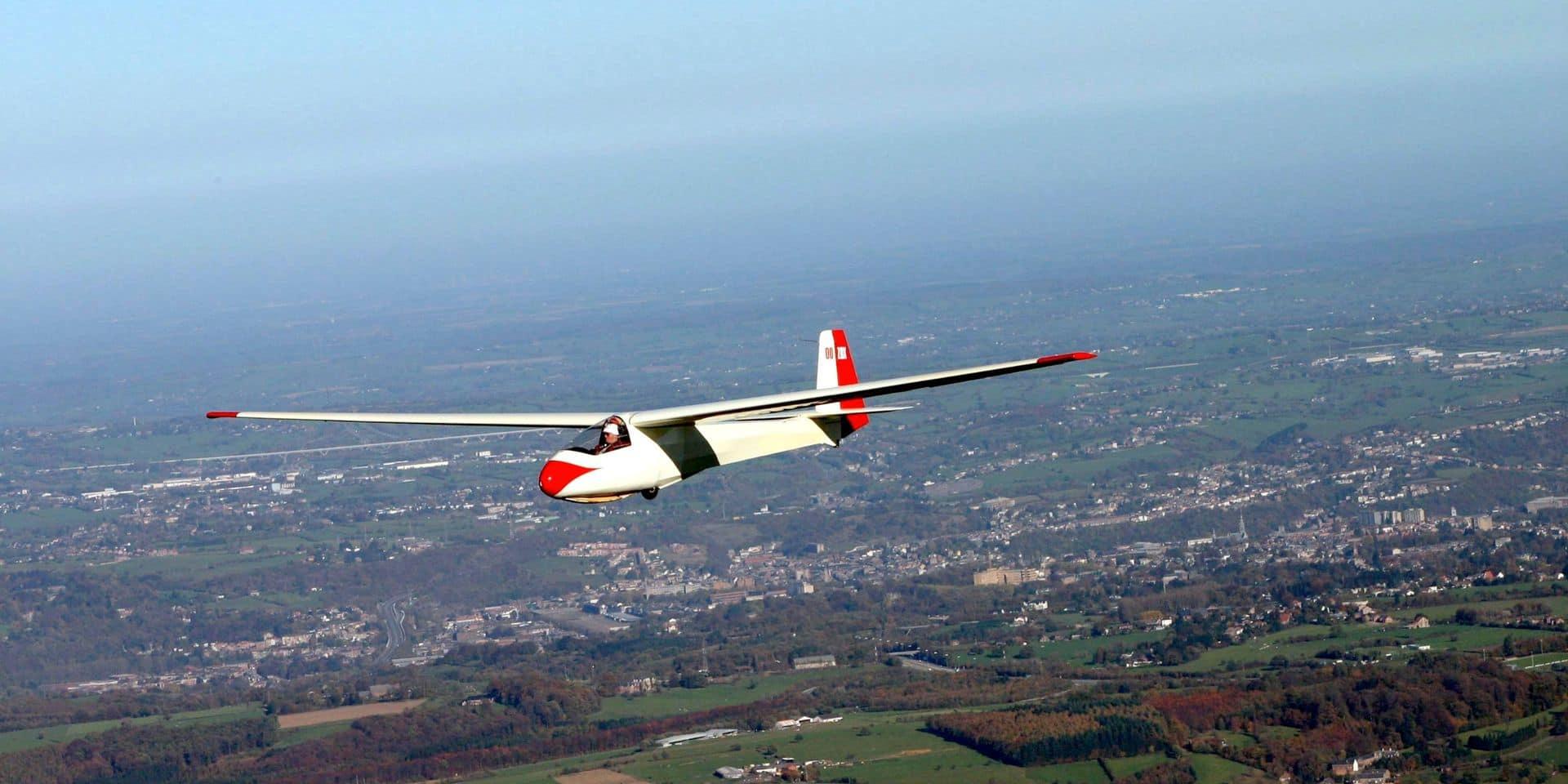Un planeur s'est écrasé près de Tirlemont: le pilote et sa passagère de 18 ans décèdent