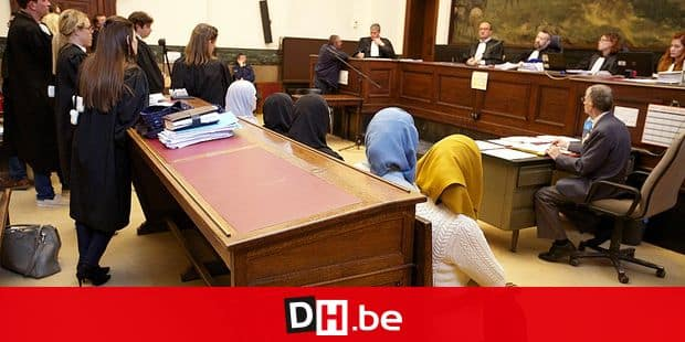 20150507 - BRUSSELS, BELGIUM: Illustration picture shows the start of the trial against Khalid Zerkani (41), accused of recruiting people to fight in Syria, Thursday 07 May 2015. BELGA PHOTO NICOLAS MAETERLINCK