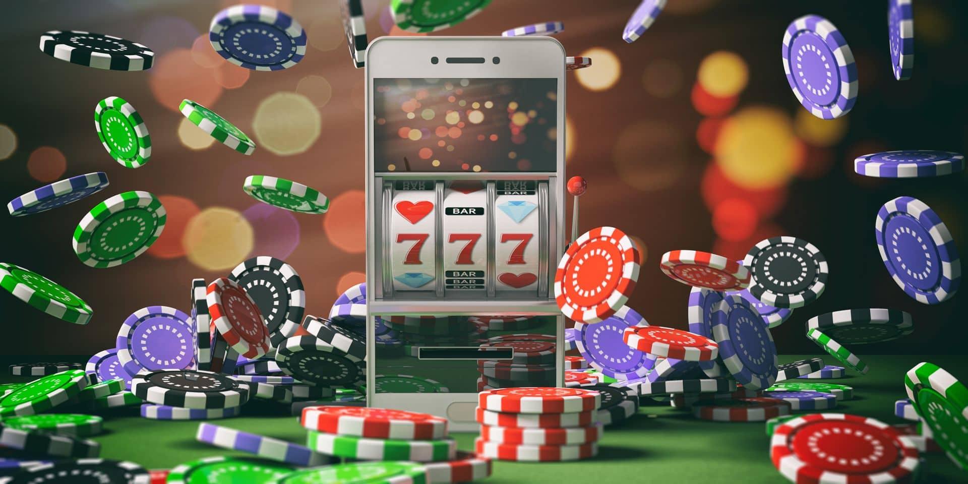 Online,Casino,Gambling,Concept.,Slot,Machine,On,A,Smartphone,Screen,