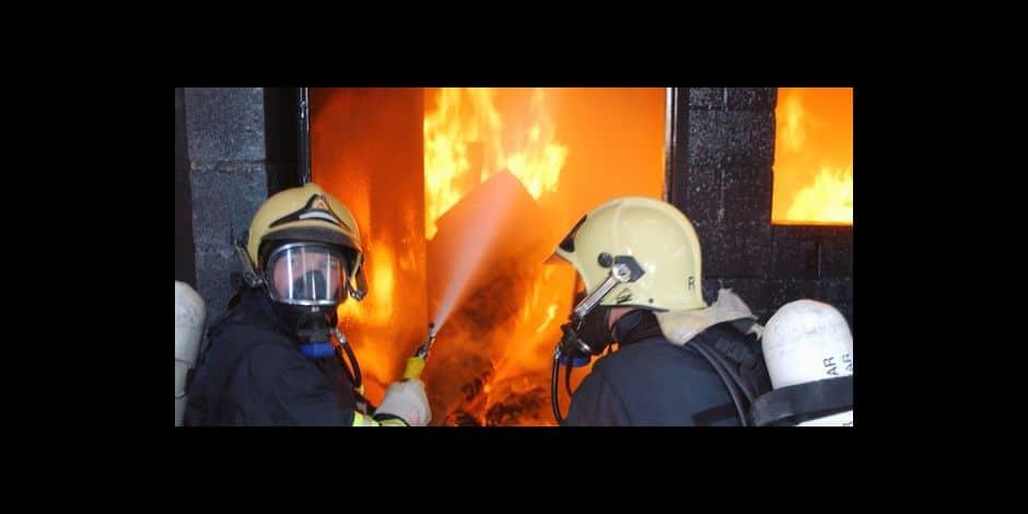 Une maison détruite par les flammes à Vezin