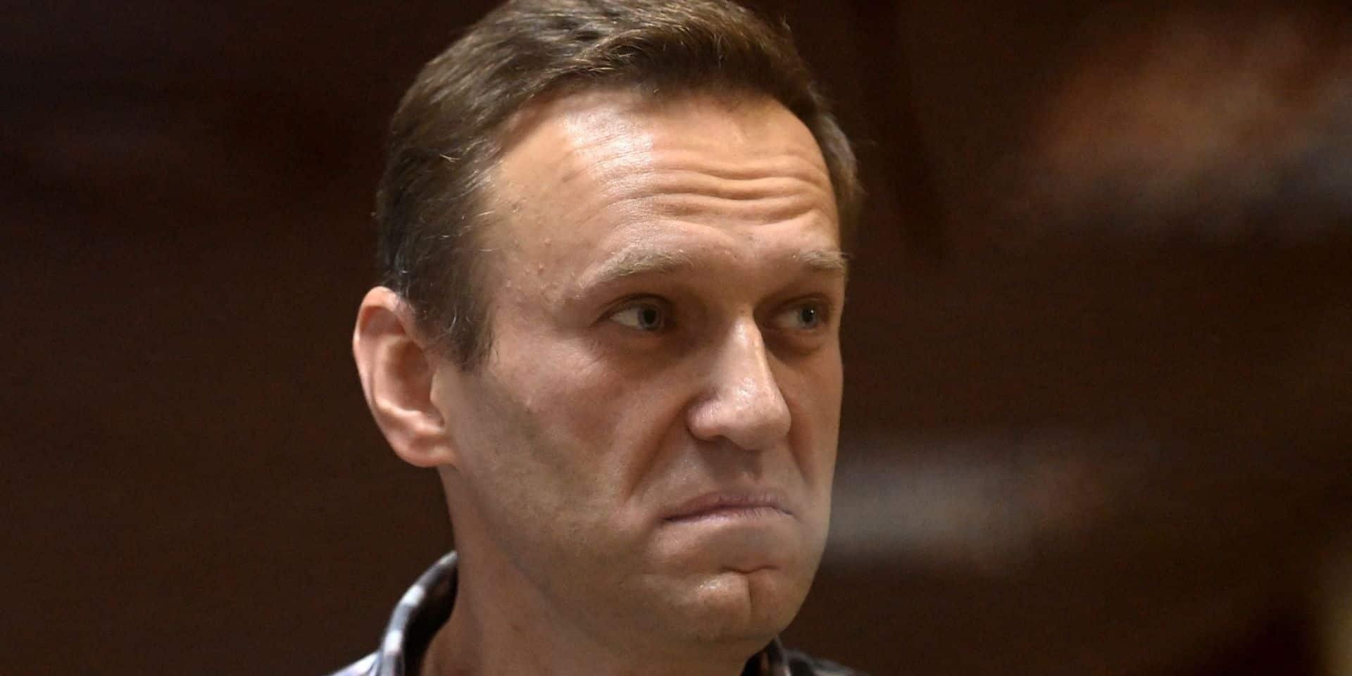 """Navalny accuse Apple et Google d'être """"complices"""" de Poutine"""