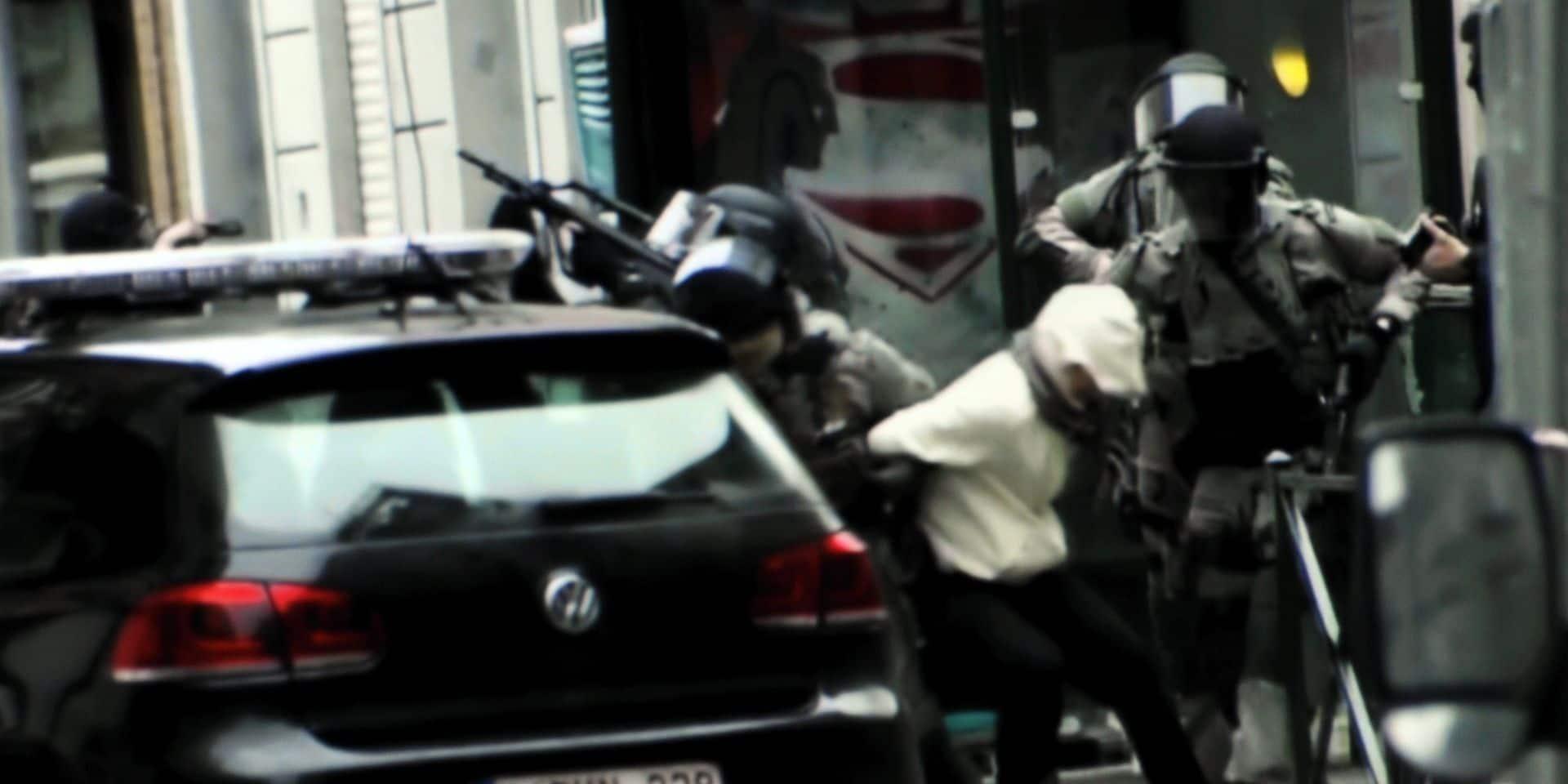 Trafic de migrants, de mineurs, mendicité forcée, fraude aux allocations et falsification de documents: les polices belges et françaises démantèlent un important réseau criminel