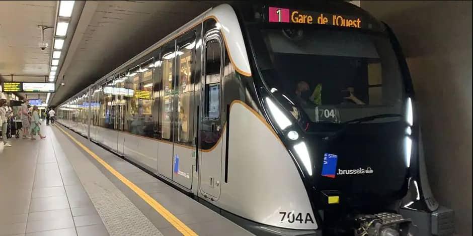 """Nouveau métro M7 à Bruxelles : """"Il est beau et moins bruyant"""""""