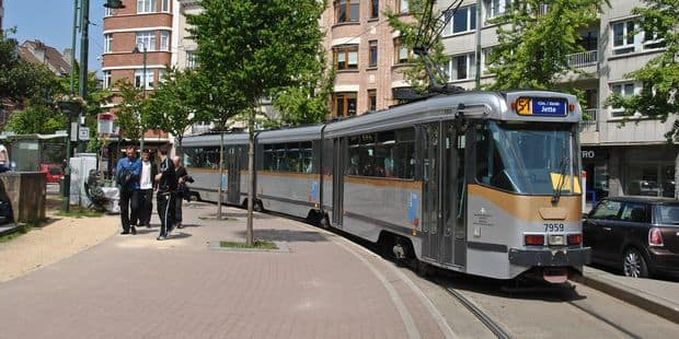 Anderlecht : Un chauffeur de tram de la Stib frappé par deux usagers - La DH