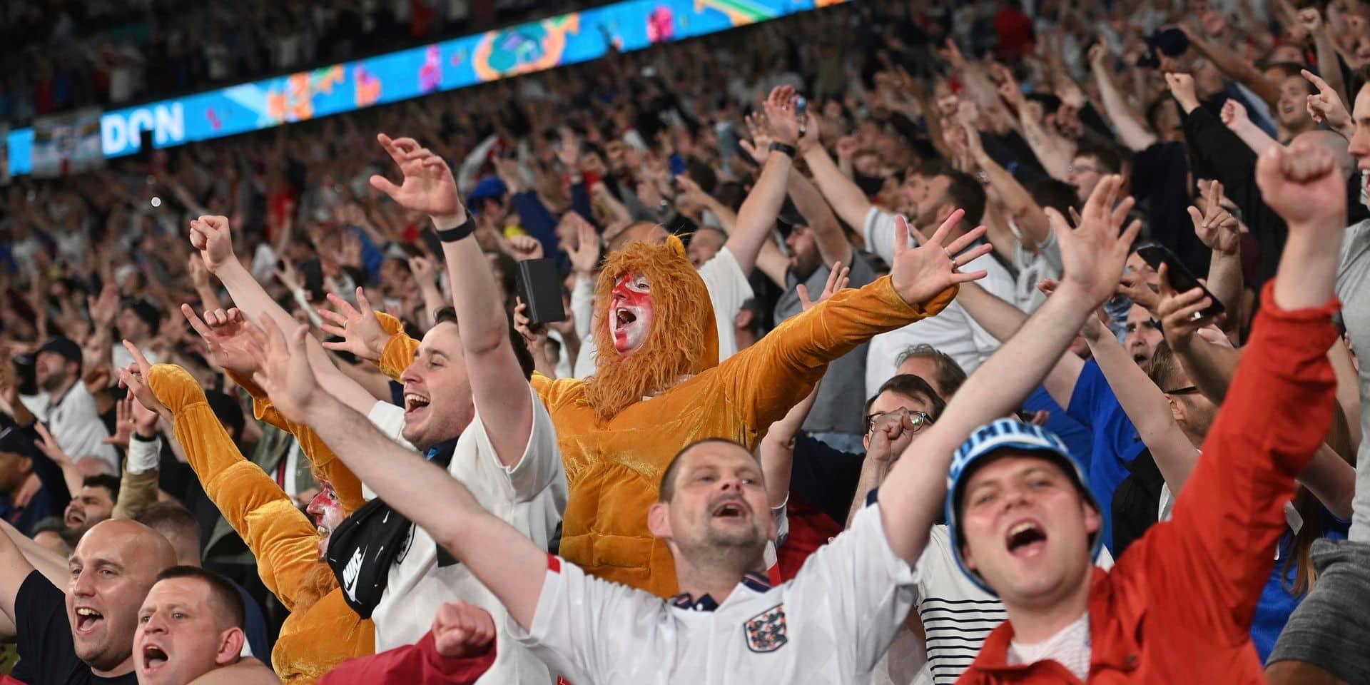 Three Lions et Sweet Caroline : bataille entre deux hymnes cultes