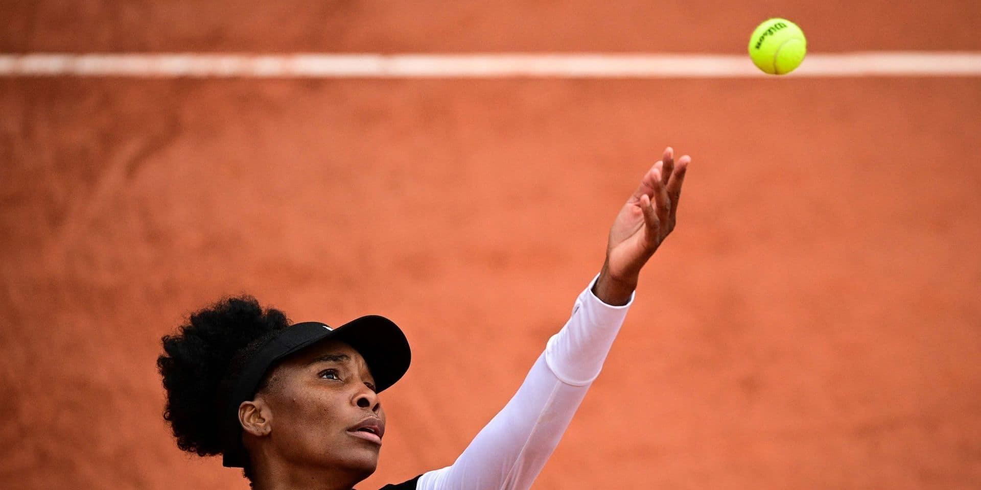 Roland-Garros: La doyenne Venus Williams éliminée d'entrée, Wawrinka facile