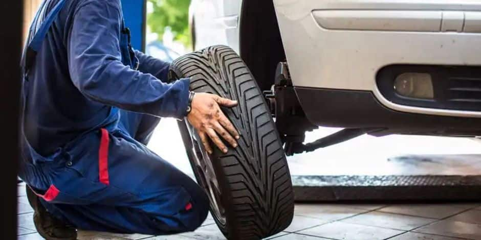Stockage et pneus et de voitures : le garagiste demande un sursis total