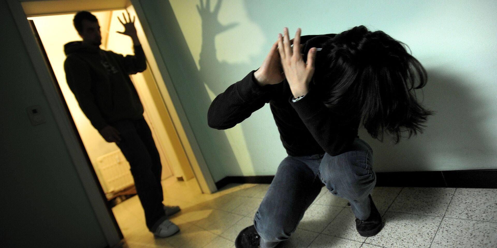 Johan, violent avec sa compagne, tente de faire opposition à la peine de prison ferme