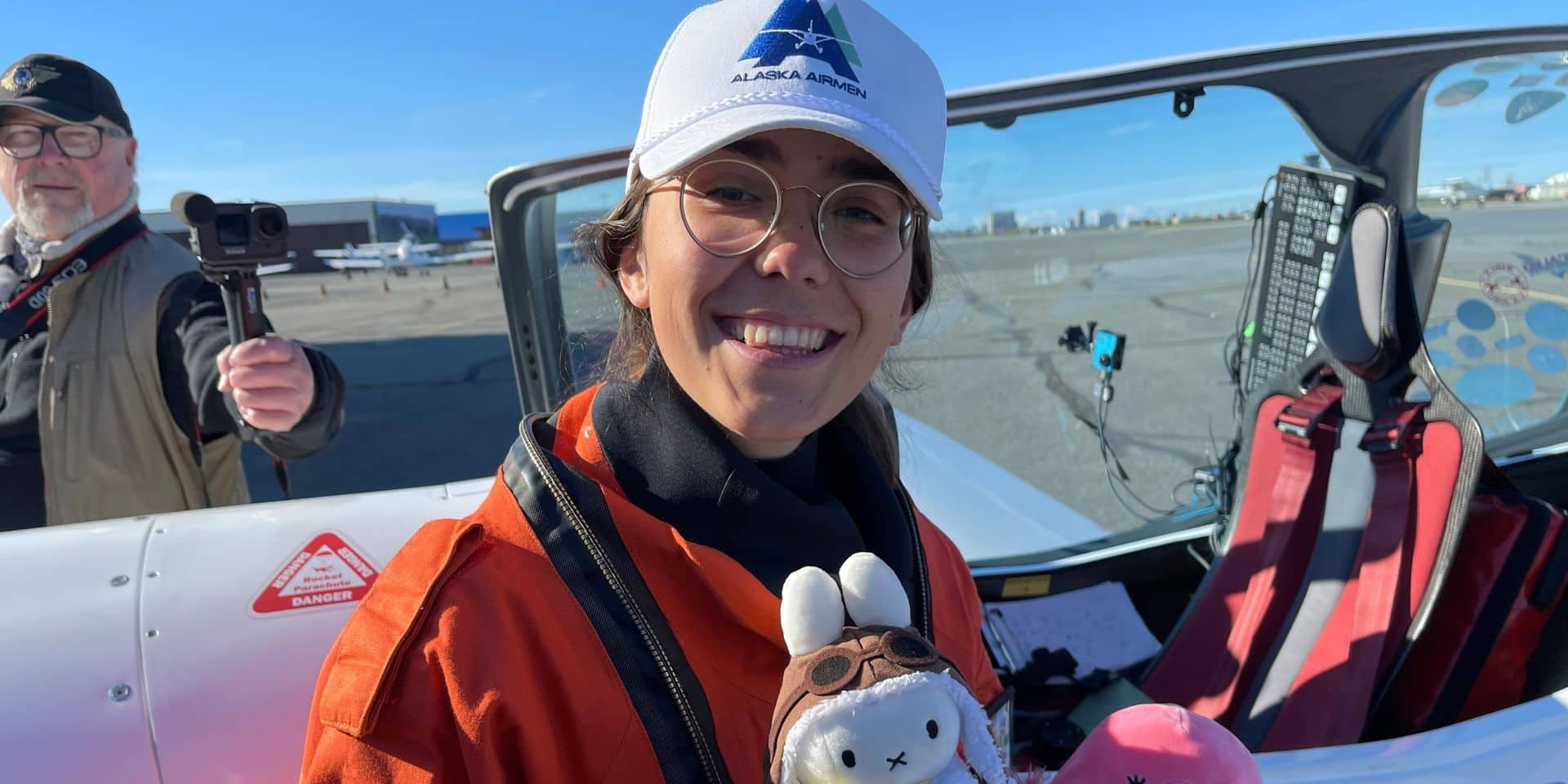 La Belgo-Britannique Zara Rutherford, qui a entamé un tour du monde en avion, se retrouve bloquée en Alaska
