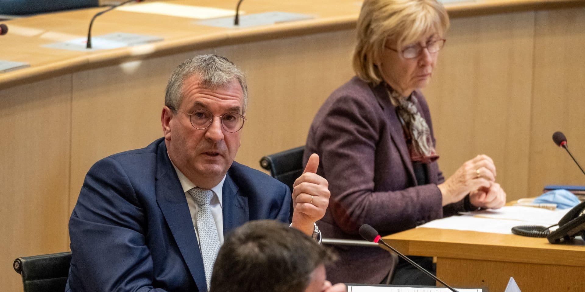 Le Parlement de la Fédération Wallonie-Bruxelles accorde les pouvoirs spéciaux afin de faire face à la deuxième vague de Covid