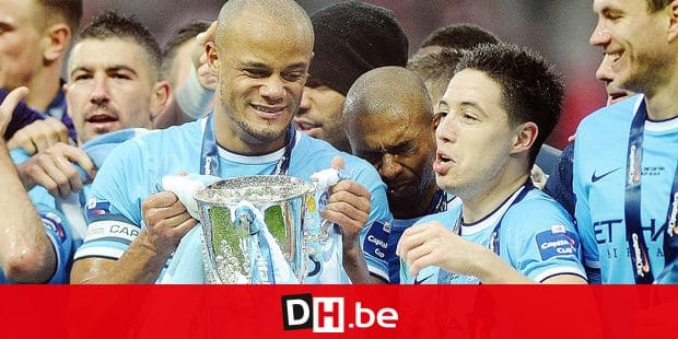 Football - 2014 Capital One League Cup Final - Manchester City vs. Sunderland City s Vincent Kompany and Samir Nasri celebrate with the trophy at Wembley. COLORSPORT/ANDREW COWIE PUBLICATIONxNOTxINxUKxBRA Football 2014 Capital One League Cup Final Manchester City vs Sunderland City s Vincent Kompany and Samir Nasri Celebrate with The Trophy AT Wembley Color Sports Andrew Cowie Reporters / Imago Sport