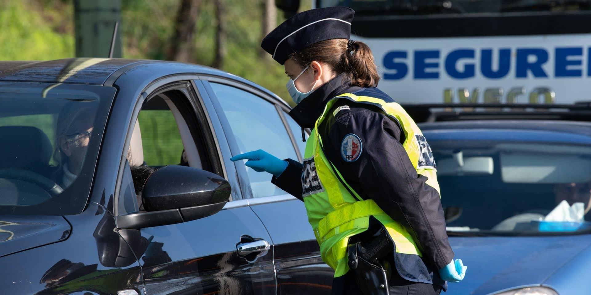"""""""Contradictions, aberrations"""": pourquoi les policiers français sont-ils exclus de l'obligation vaccinale?"""