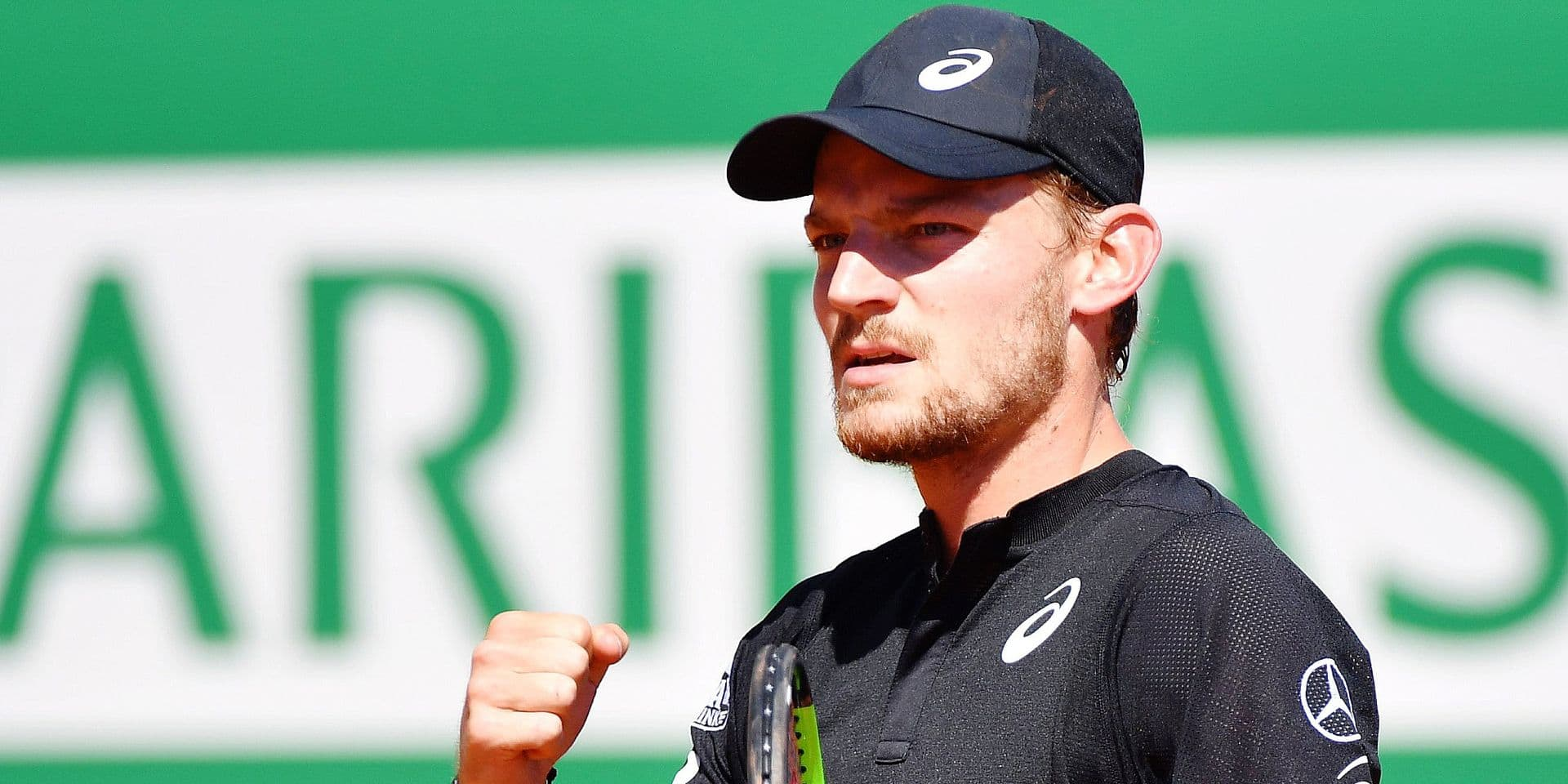 Belgium's David Goffin celebrates after winning his tennis match against Argentina's Guido Andreozzi on the day 3 of the Monte-Carlo ATP Masters Series tournament on April 15, 2019 in Monaco. (Photo by YANN COATSALIOU / AFP)