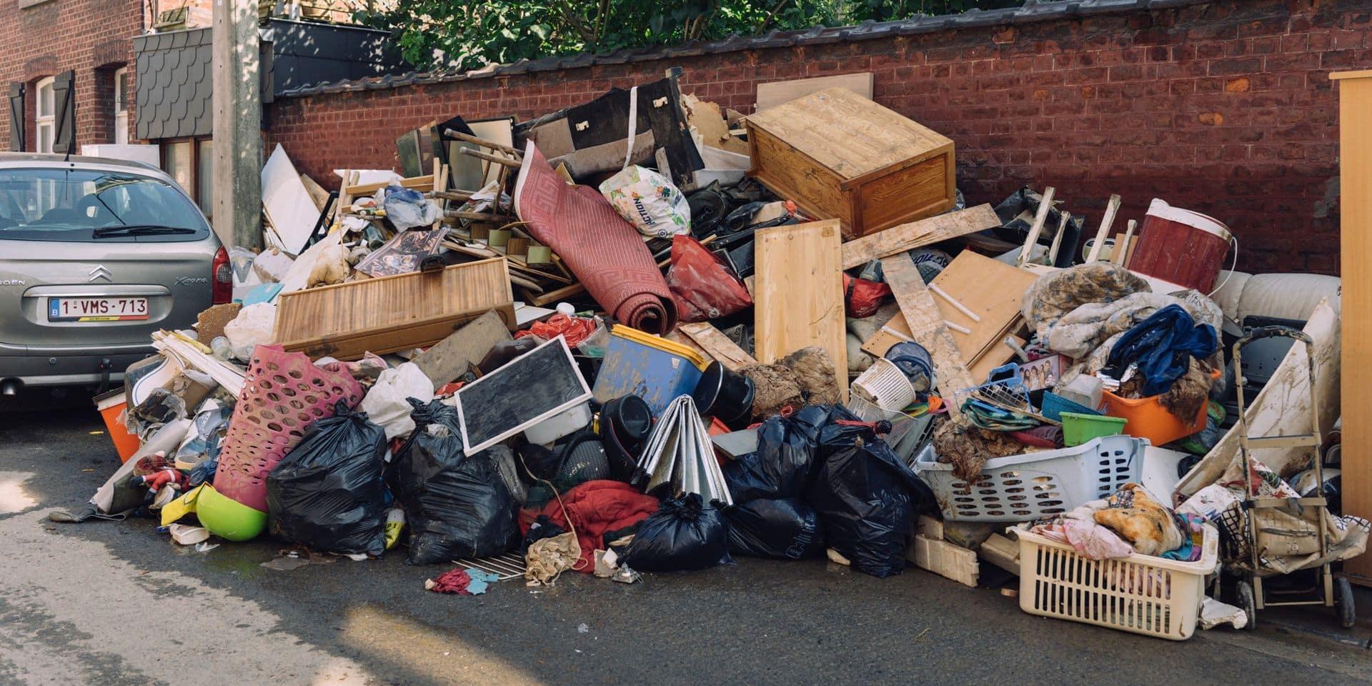 Des tonnes de déchets enlevées rue des Grands Prés