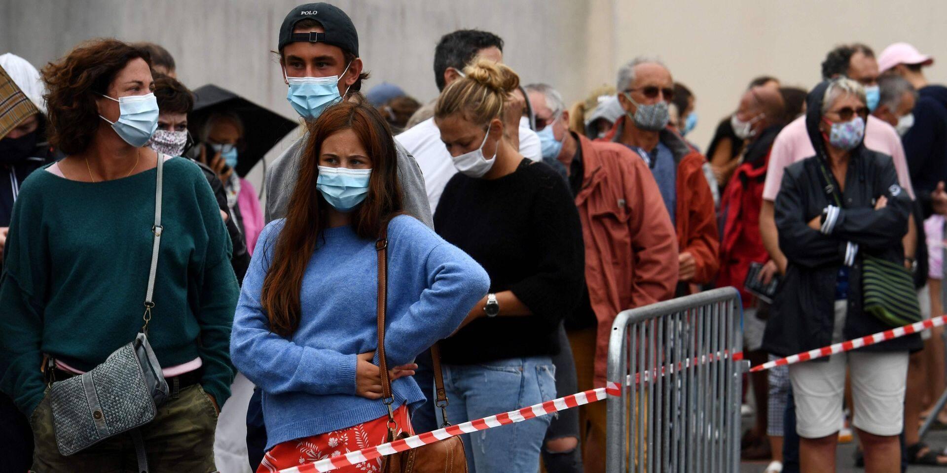 """L'OMS prévoit une épidémie """"très longue"""""""