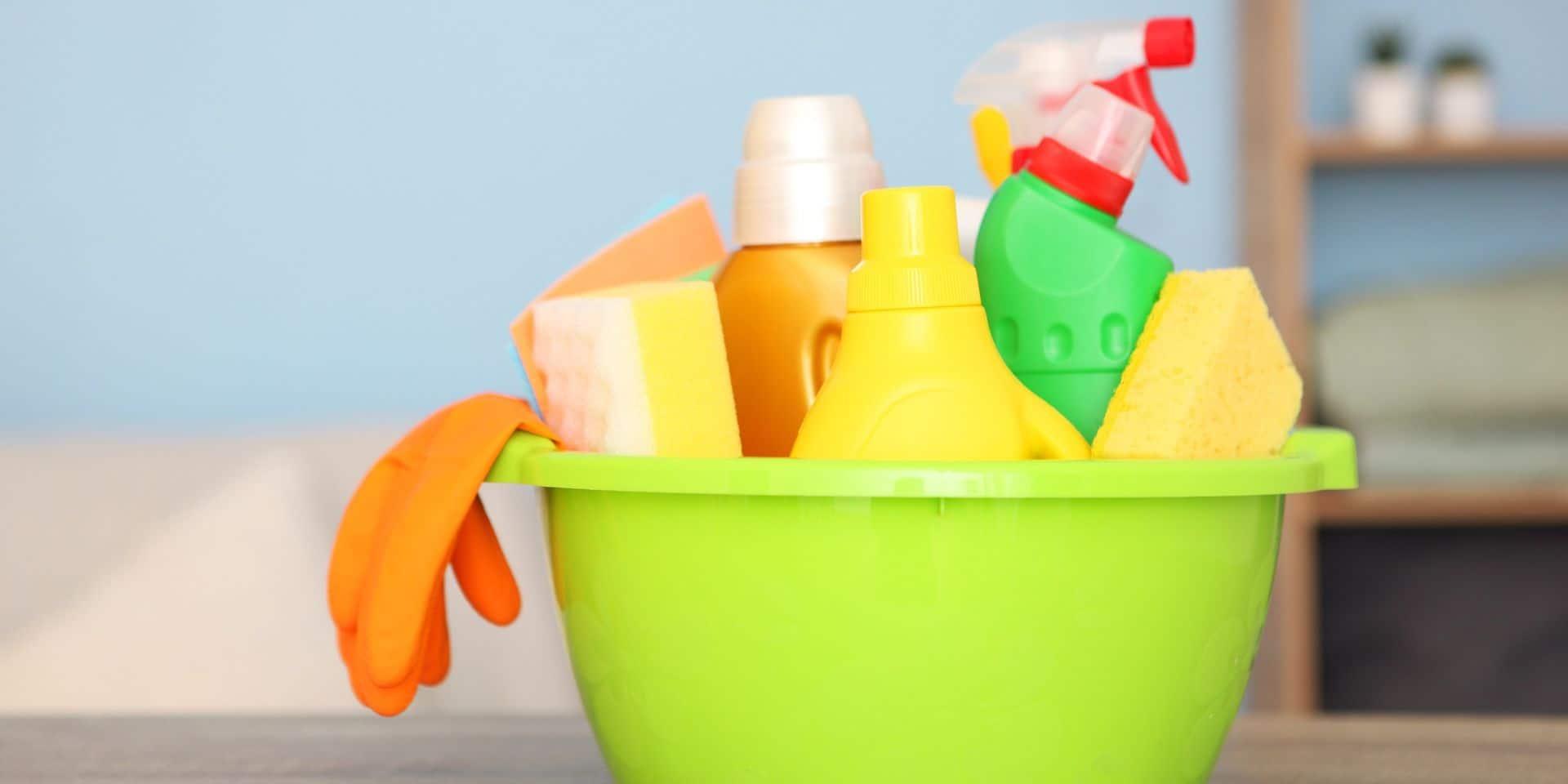 Désinfecter sa maison ? L'eau chlorée suffit !
