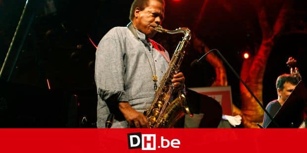 FILE - This July 23, 2013, file photo shows jazz saxophonist Wayne Shorter performing at the 5 Continents Jazz Festival, in Marseille , southern France. Iconic singer and actress Cher, composer Phillip Glass, country music star Reba McEntire and Shorter have been announced as this year's recipients of the Kennedy Center Honors awards. The recipients will be honored in a special ceremony at Washington's Kennedy Center on Dec. 2. (AP Photo/Claude Paris, File)