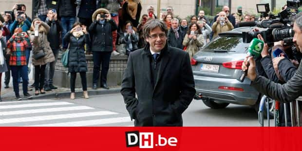 Catalan leader Carles Puigdemont arrives for a press conference in Brussels, Tuesday 31 October 2017. Spanish media report former Catalan President Puigdemont has left Spain and travelled to Brussels after the Catalan regional parliament voted last Friday to declare independence. BELGA PHOTO NICOLAS MAETERLINCK