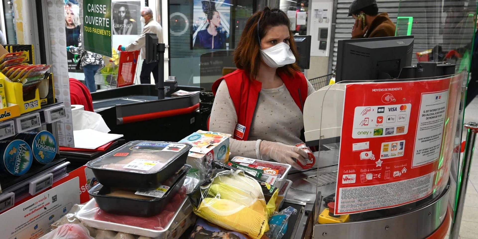 Enfin des masques pour le personnel de nos supermarchés!