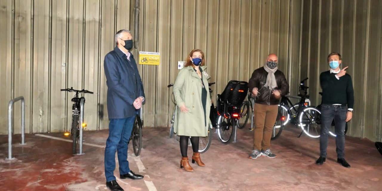 Ixelles : Inauguration de parkings sécurisés pour vélos situés hors voirie