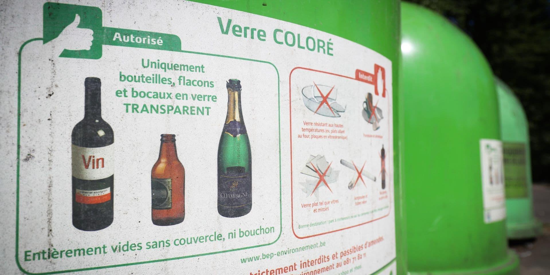 """Des amendes de 820 euros pour avoir laissé des cartons à côté de bulles à verre : """"C'est absolument disproportionné"""""""