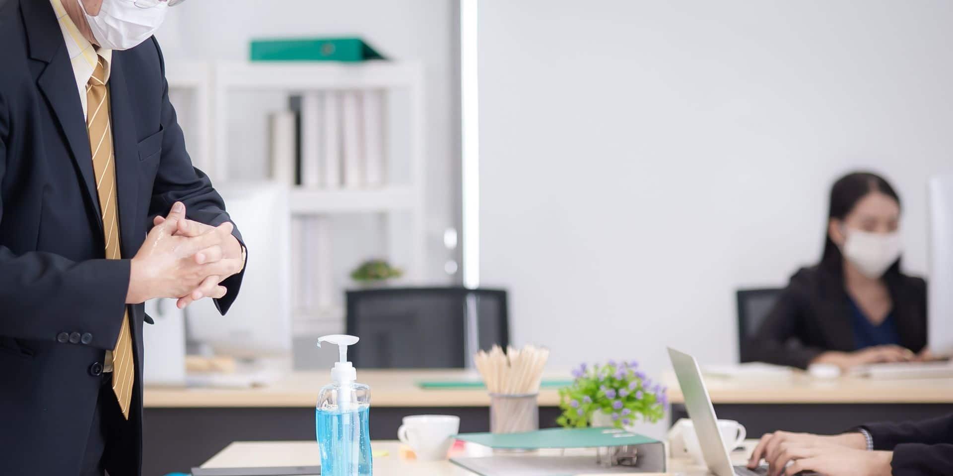 Une entreprise flamande sur trois ne respecte pas les mesures sanitaires