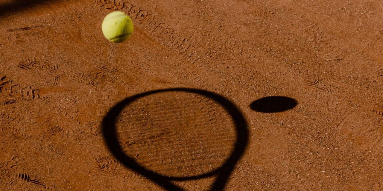 Un joueur de tennis argentin suspendu à vie pour avoir truqué des matches