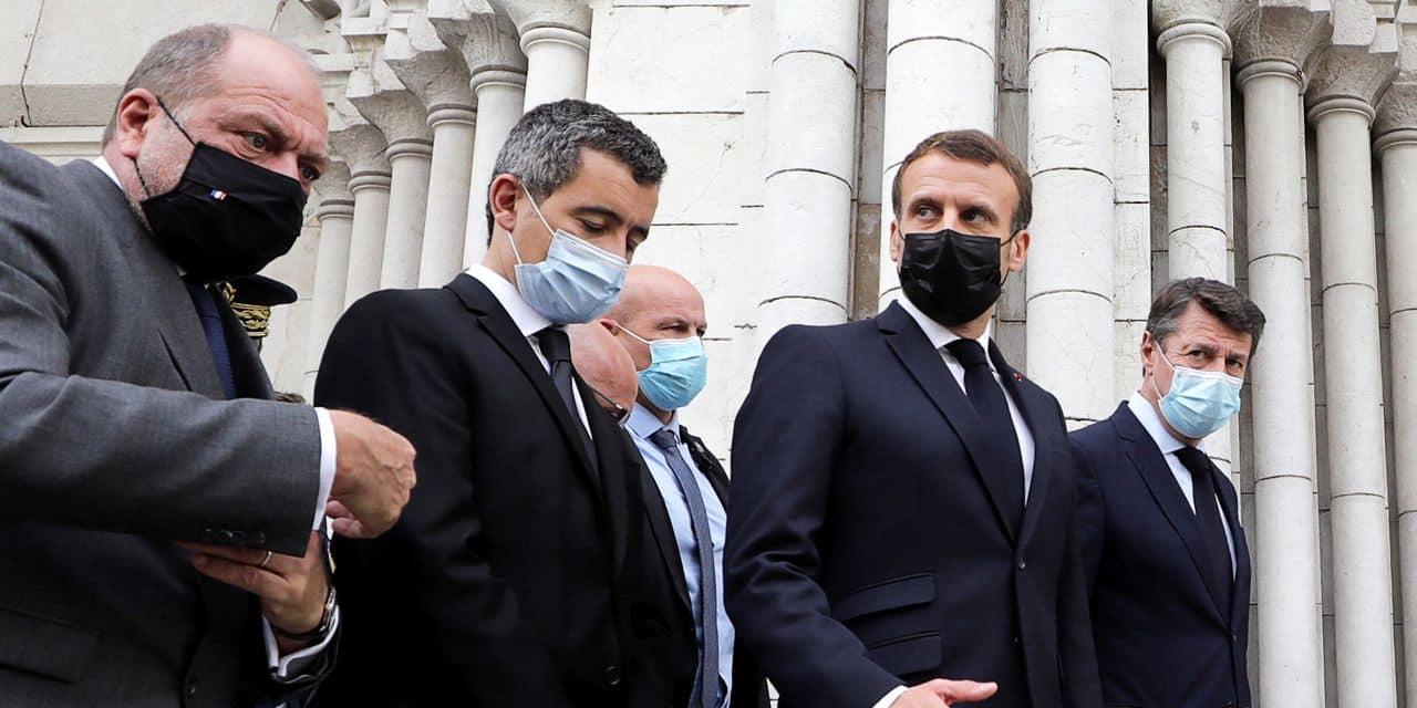 """Attaque au couteau à Nice: le terroriste est venu en France """"pour tuer"""""""
