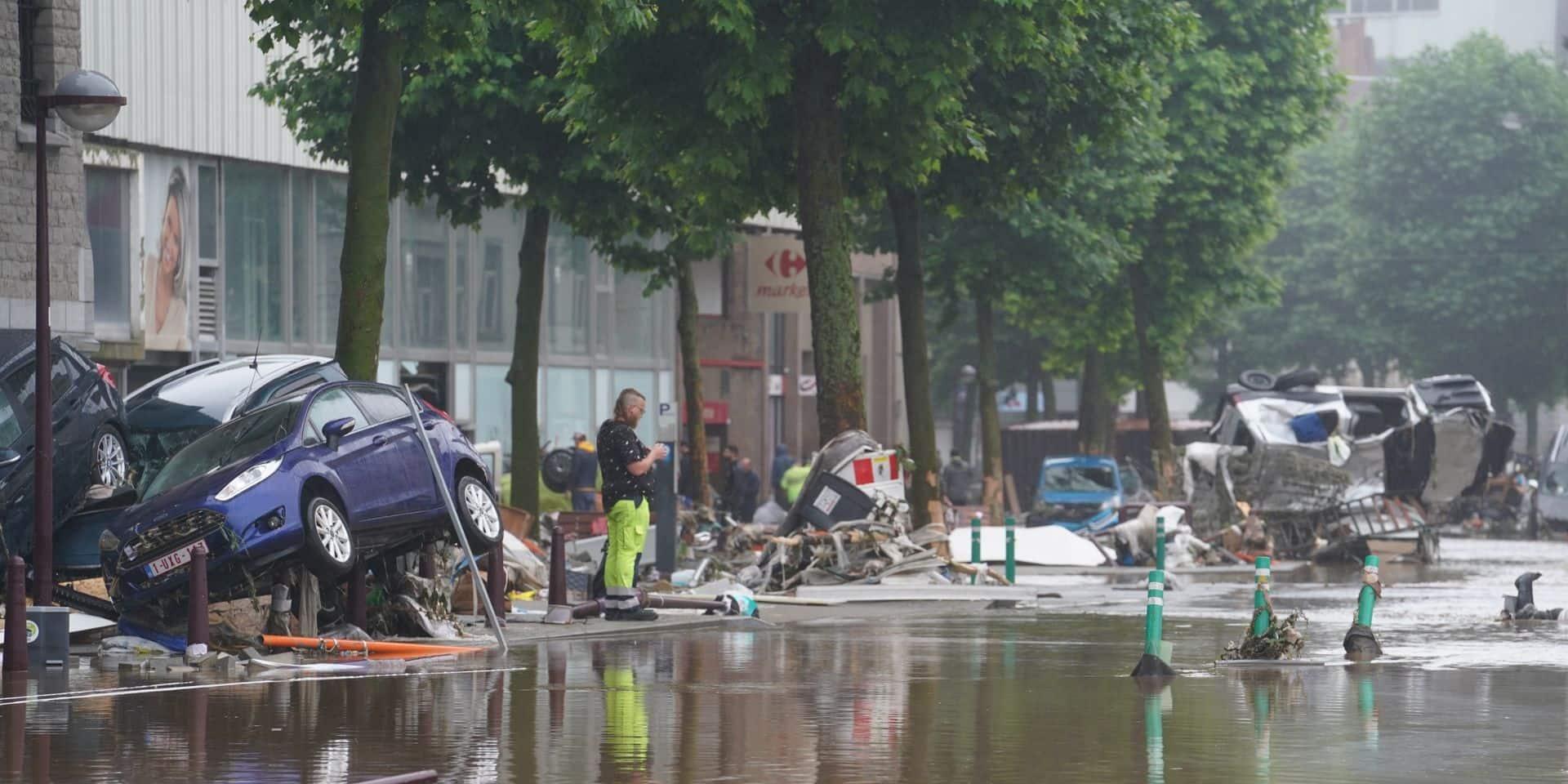 Inondations: La solidarité prend de l'ampleur dans la région de Mons-Borinage