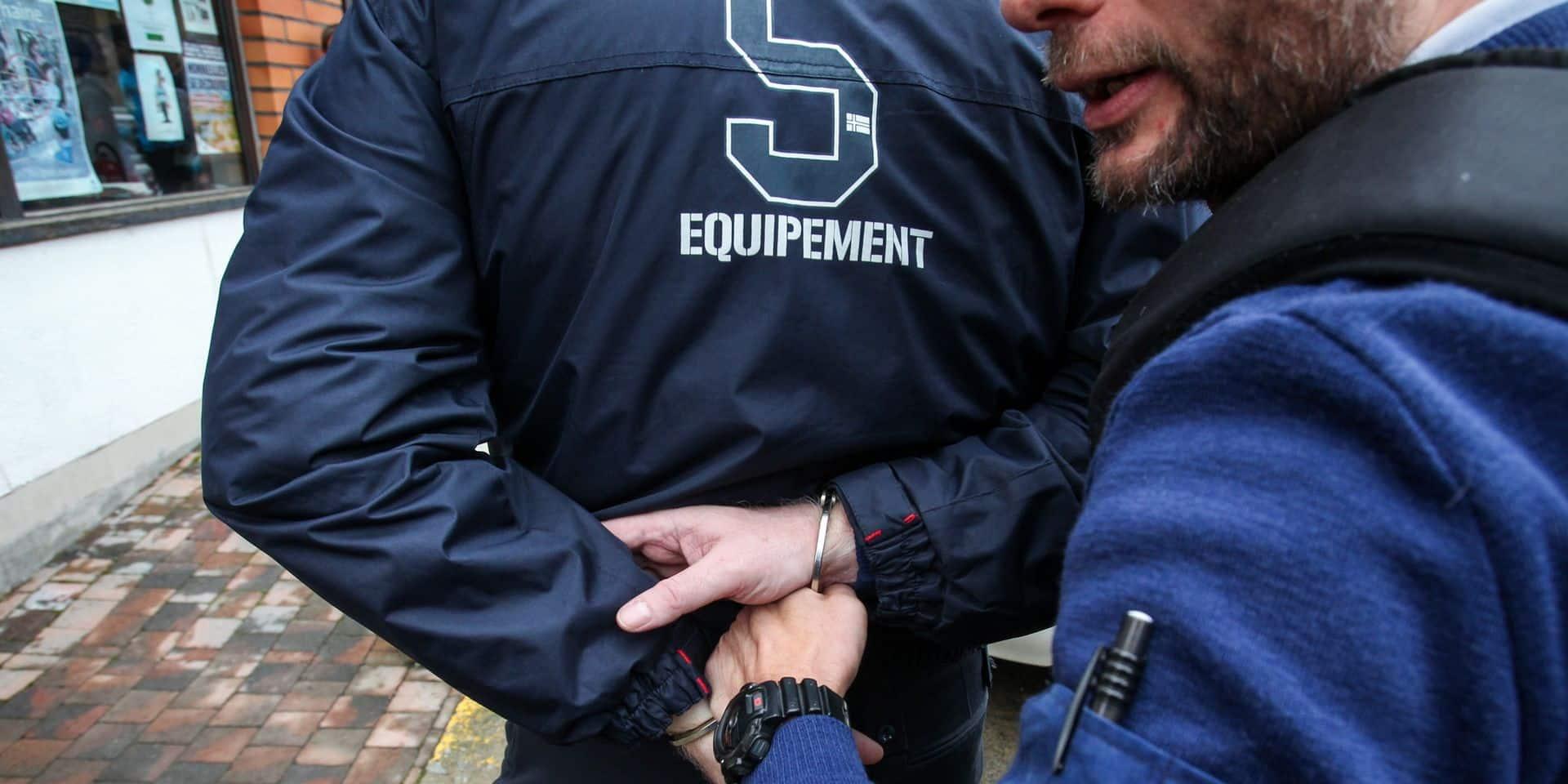 Mons: la police démantèle un trafic de stupéfiants